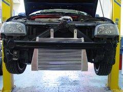 Kit intercooler frontal deportivo Forge para Seat Ibiza MK3 1.8T