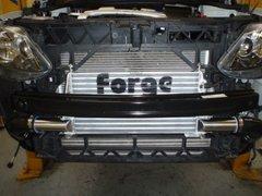 Kit intercooler deportivo doble Forge para Seat Ibiza MK5 Bocenegra